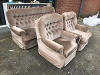 BROWN GOLD FABRIC CLOTH SECOND HAND THREE PIECE SUITE 3 SEATER SOFA AND 2 ARMCHAIRS CHEAP BARGAIN