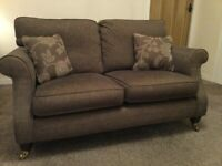 2 plus 3 seater couch