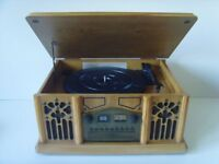 Wooden Retro Turntable AM/FM Radio, CD and Tape Player Music Centre