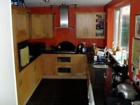 Large double rooms to rent with Gas heating, close to city