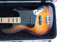 Fender Squier Jazz Bass & Flight Case