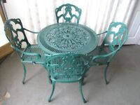 TRADITIONAL GREEN METAL FIVE PIECE OUTDOOR GARDEN DINING SET TABLE AND FOUR CHAIRS FREE DELIVERY