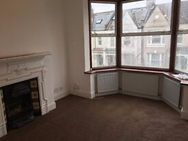 Newly refurbished 1 Bed flat Southfields SW18 and 2 mins walk to tube!! No agent Fees