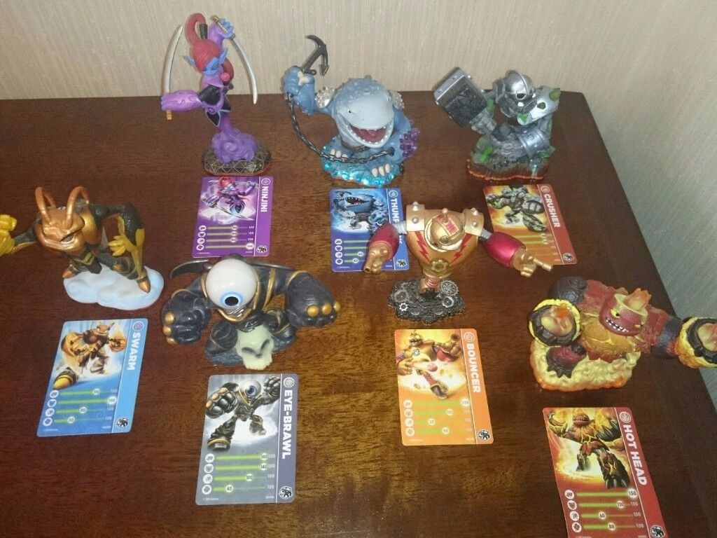 Skylanders Giants Bundle - 7 Giants with Cards in Excellent Condition