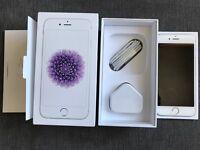 iPhone 6 Silver 64Gb Unlock in Pristine Condition with Original Box