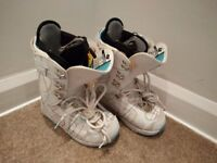 Burton Sapphire Snowboard Boots Size 4 Good Condition