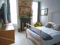 Bright and spacious Double room, with own bathroom with walk-in shower, all bills inc