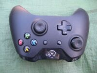 Wireless Controller for Xbox One Model 1697 for £10.00