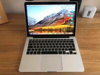 Apple MacBook Pro 13 Retina (2015). Model MF840B/A.