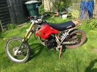 Dirt pit bike 125 runs and rides