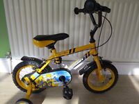 """BOYS 12"""" BIKE. APOLLO DIGBY, GREAT CONDITION, READY TO RIDE."""
