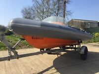 4M AVON SEARIDER RIB IN VERY GOOD CONDITION WITH GOOD GALVANISED TRAILER