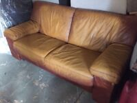 REAL LEATHER SOFA 3 SEATER NICE CONDITION