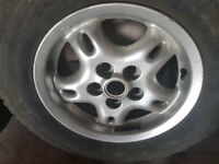 discovery alloy wheels 1,6 SET OF FOUR TYRES
