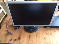 22 inch Computer monitor GNR TS2200W