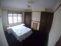 two double rooms to rent in the same house in Thonton heath