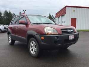 2009 Hyundai Tucson GL. No stories here ! Fully reconditioned an