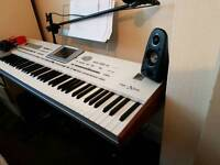 Korg pa2 x pro in very good condition