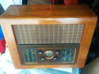 VINTAGE BUSH VALVE RADIO. EBS4.