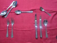 44 piece Marks and Spencer bead design cutlery set