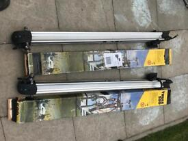 Thule 589 cycle carrier x 2