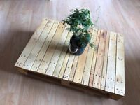 Pallet wood coffee table - DIY