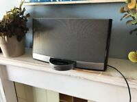 Bose Sounddock excellent condition with remote