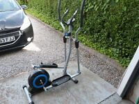 Pro Fitness Cross Trainer with monitor