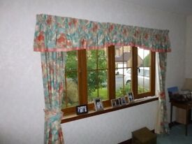 Curtains and Curtain Rails, Full Length To Floor, 2 Sets
