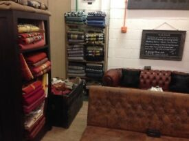 Fabrics / Furnishings / Upholstery