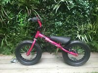 Stompee Hot Pink Balance Bike 2-6yr old