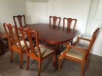 SELL: Dining table and chairs (6), Hampshire