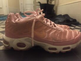 Baby Pink Nike Air Max Tn's Size UK 6 but fits 5.5 fine (7.5/10) condition, lightly worn