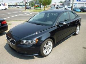 2007 Volvo S40 T5 A SR/LEATHER/SUNROOF/ALLOYS/B.C CAR!