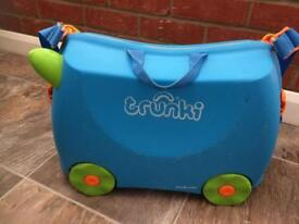 Trunki ride on blue