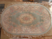 Chinese 100% Wool Hand Tufted Oval Green / Cream / Pink Pattern Rug 152cm x 92cm