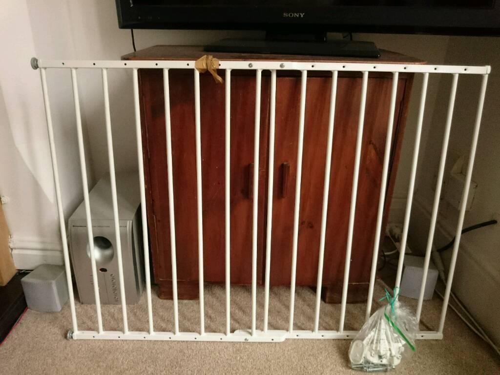 Baby Dan Stair Gate In Sherwood Nottinghamshire Gumtree