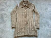 Beige ladies wool coat size; 8 used v,good condition £5