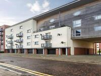 2 bedroom flat in Thorter Neuk, City Quay, Dundee