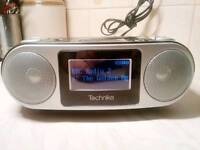 DAB RADIO CD ALARM CLOCK