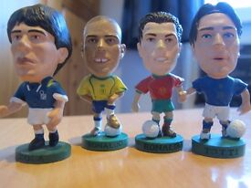 SOCCERSTARZ SMALL FOOTBALL FIGURES £1 EACH - USED BUT GOOD CONDITION