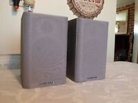 Pair of Wharfedale Diamond 9.0 Bookshelf Speakers in Silver - Fantastic Sound