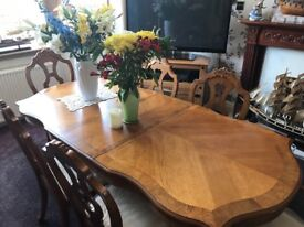 Solid Light Oak Dining Table 6 Chairs & Sideboard.