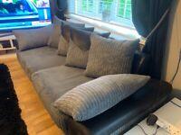 Gorgeous 2/3 Seat Sofa VGC
