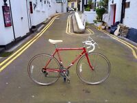 Stunning Raleigh vintage racing bike. SMALL size, EXCELLENT condition.