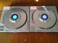 Technics Sl Dz 1200 Pair in great condition