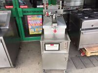 CATERING COMMERCIAL HENNY PENNY KFC FASTRON FRIED CHICKEN PRESSURE FRYER MACHINE TAKEAWAY RESTAURANT
