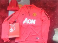 Manchester United Medium Nike Authentic Football Shirt Long Sleeve Red Hat Manu