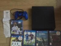 Ps4 slim with Fifa 18 and warranty