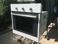 Whirlpool fan asisted electric oven , very clean .